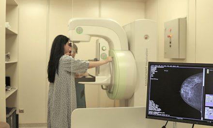 Peste 1.000 de femei din vestul ţării vor fi testate gratuit pentru depistarea cancerului mamar