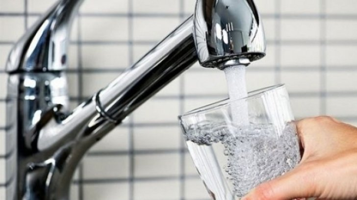 Unul din cinci cazuri de cancer de vezică urinară din Europa, legat de apa de la robinet