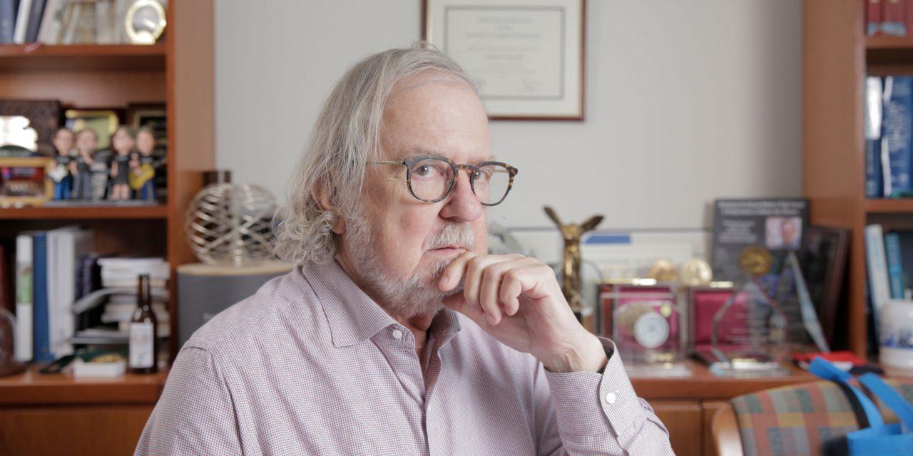 Omul lunii: Laureatul Premiului Nobel James P. Allison tratează cancerul cu imunoterapie