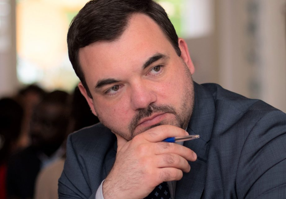 Răzvan Prisada, Vicepreședinte – Colegiul Farmaciștilor: Depozitele actuale de paracetamol sunt la limită, nu stocați acasă medicamente pe care, probabil, nu le veți folosi niciodată!