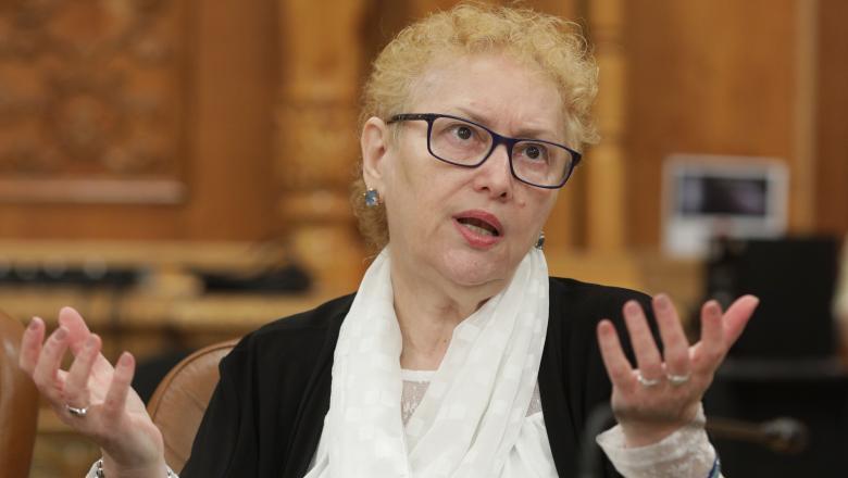 Avocatul Poporului solicită ministrului sănătății să comunice cadrul legal prin care se instituie protecţia la COVID-19 a pacienţilor oncologici