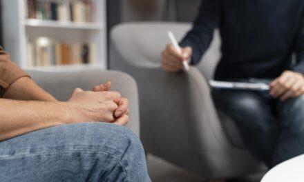 Doar 5% dintre bolnavii de cancer din țară apelează la un psiho-oncolog