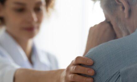 Ai aflat de curând că ai cancer? Unde găsești informații complete oferite de medici din cele mai mari spitale de oncologie din România