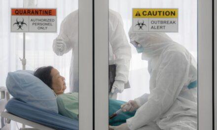 STUDIU: Riscul de deces din cauza COVID-19, mai mare la pacienţi oncologici