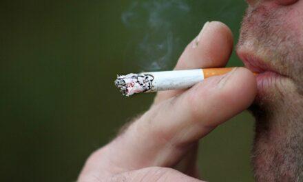Cercetătorii încep să înțeleagă cum și de ce apare cancerul pulmonar în cazul nefumătorilor